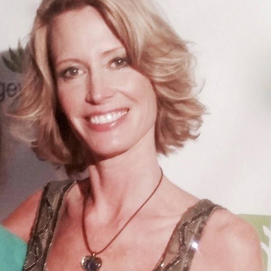 Erin Elizabeth, publisher of Health Nut News